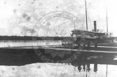 Port Weld Circa 1890. Source: Arkib Negara Malaysia