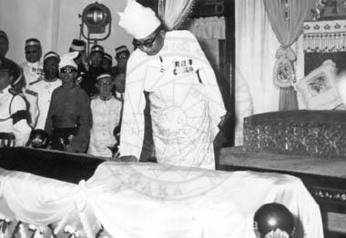 Sultan Yusuf mangkat2