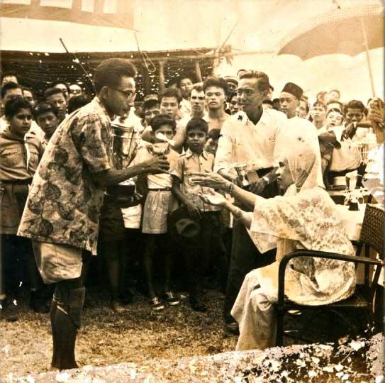 Raja Perempuan Taayah & Raja Mohamed Iskandar