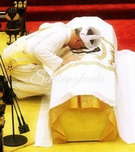Sultan Dr. Nazrin Muizzuddin Shah Menerima-Sembangkuala